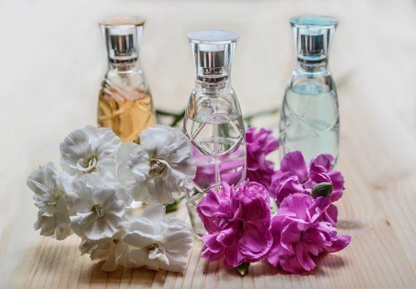 parfum zelf maken essentiële olie
